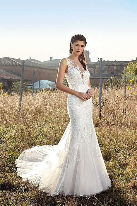 EK1199 gown from the 2019 Eddy K collection, as seen on Bride.Canada