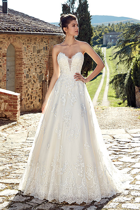 EK1238 gown from the 2019 Eddy K collection, as seen on Bride.Canada