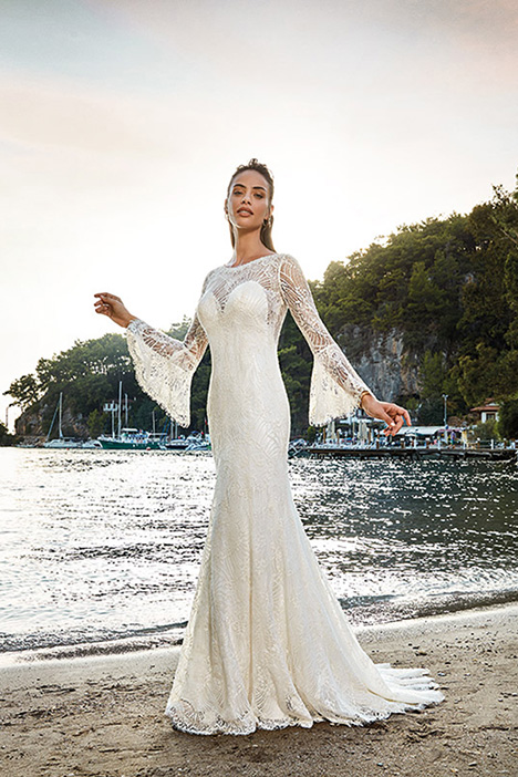 Calista gown from the 2019 Eddy K Dreams collection, as seen on Bride.Canada
