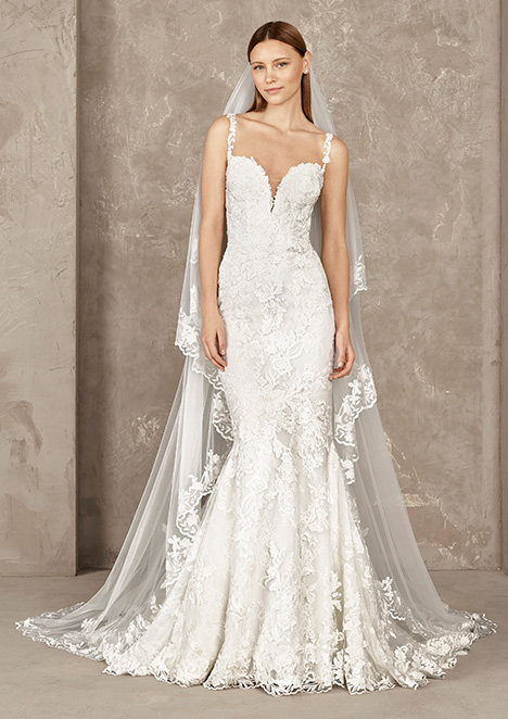 YEIRA gown from the 2019 Pronovias Privée collection, as seen on Bride.Canada