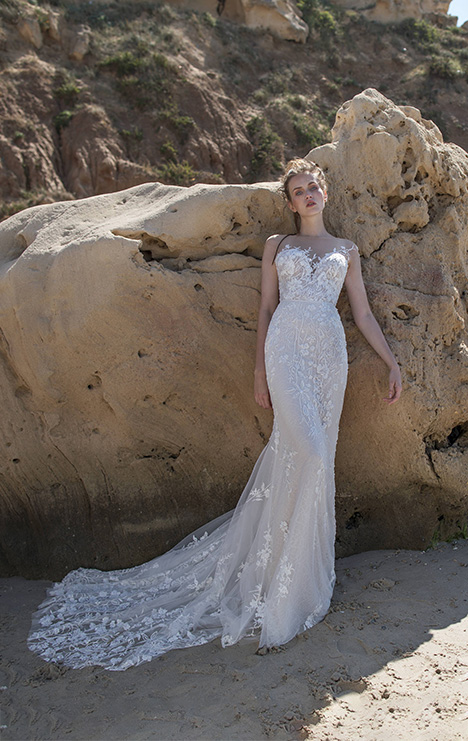 Lucia gown from the 2018 Limor Rosen collection, as seen on Bride.Canada