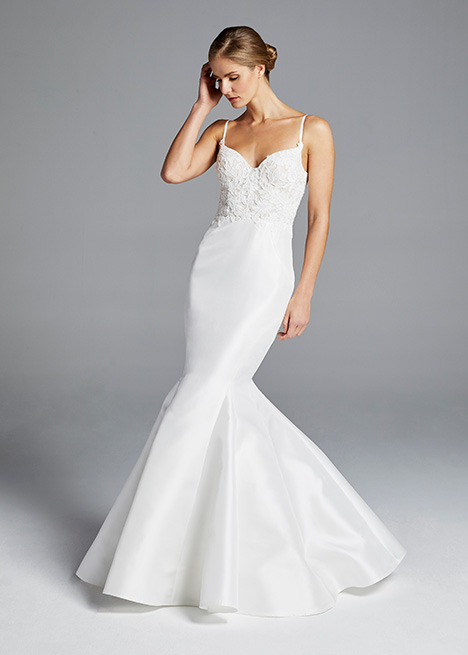 IMAN gown from the 2019 Anne Barge collection, as seen on Bride.Canada