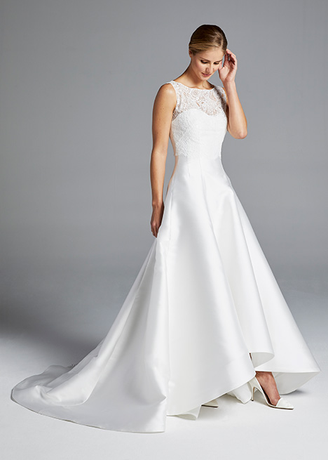 MINDY (+ top) gown from the 2019 Anne Barge collection, as seen on Bride.Canada