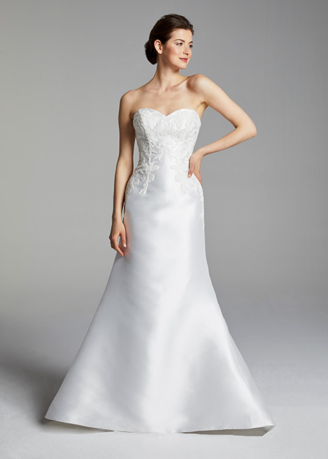 BIANCA gown from the 2019 Blue Willow by Anne Barge collection, as seen on Bride.Canada