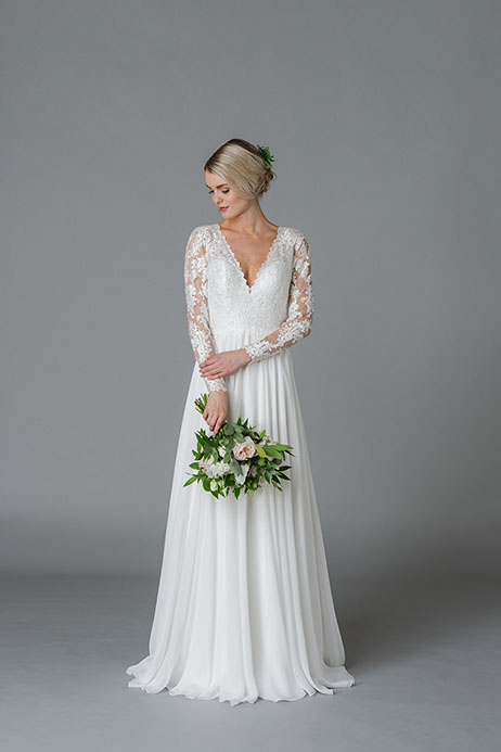 James gown from the 2018 Lis Simon collection, as seen on Bride.Canada