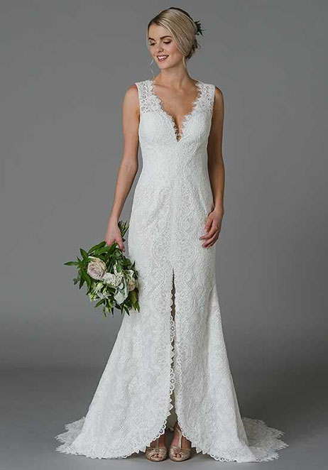 Joan gown from the 2018 Lis Simon collection, as seen on Bride.Canada