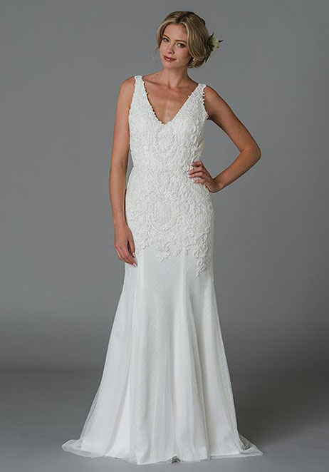 Josephine gown from the 2018 Lis Simon collection, as seen on Bride.Canada