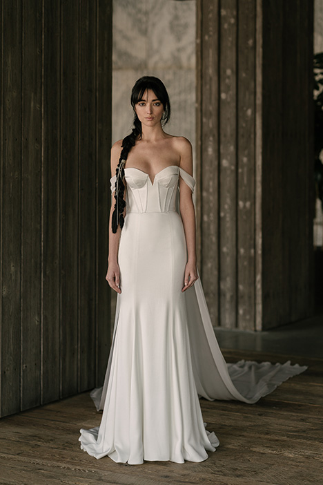 Thorne (4015) gown from the 2019 Rivini collection, as seen on Bride.Canada