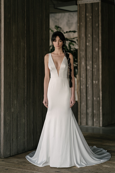 Roberts (4021) gown from the 2019 Rivini collection, as seen on Bride.Canada