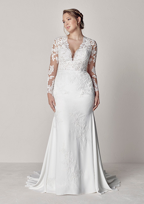 EVA gown from the 2019 Pronovias Plus collection, as seen on Bride.Canada