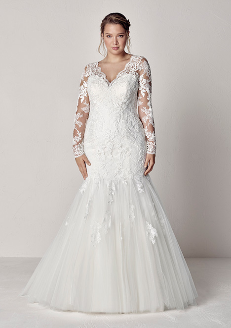 EVETTE gown from the 2019 Pronovias Plus collection, as seen on Bride.Canada