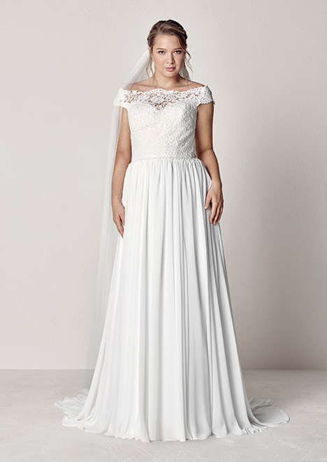 EVITA gown from the 2019 Pronovias Plus collection, as seen on Bride.Canada