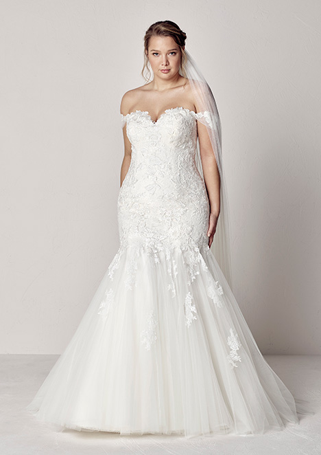 EXTREM gown from the 2019 Pronovias Plus collection, as seen on Bride.Canada
