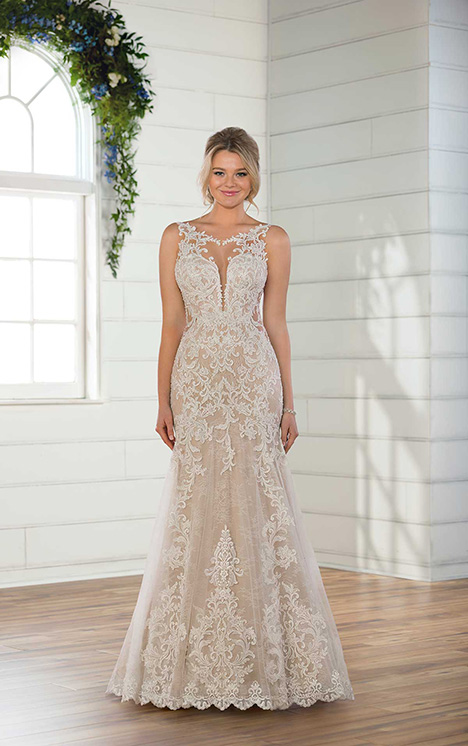 D2548 gown from the 2018 Essense of Australia collection, as seen on Bride.Canada