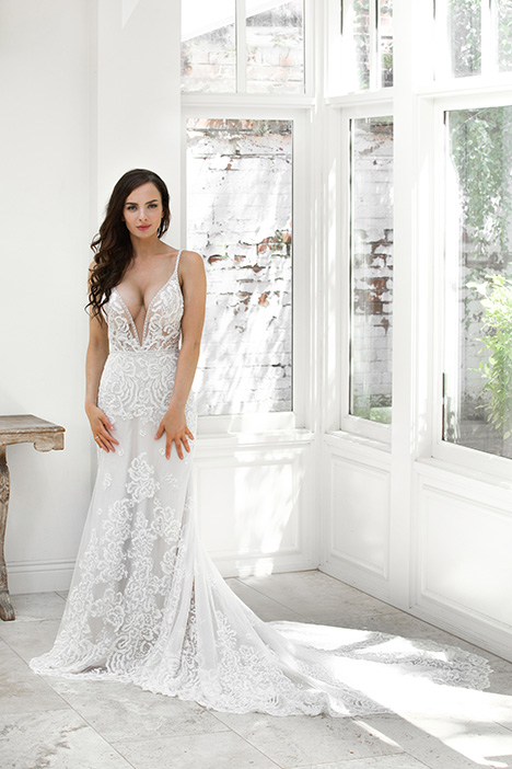 ZB 212-1Z gown from the 2018 Zavana Bridal collection, as seen on Bride.Canada