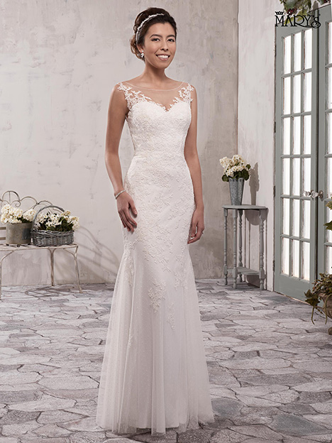 MB1004 gown from the 2018 Mary's Bridal collection, as seen on Bride.Canada