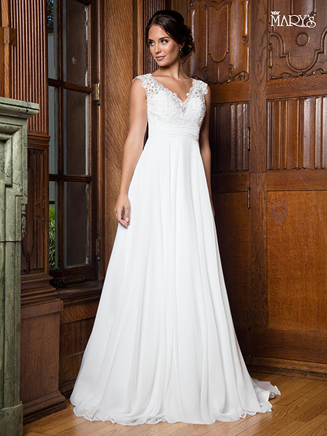 MB1014 gown from the 2018 Mary's Bridal collection, as seen on Bride.Canada
