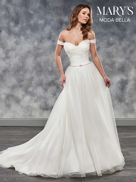 MB2028 gown from the 2018 Mary's Bridal: Moda Bella collection, as seen on Bride.Canada