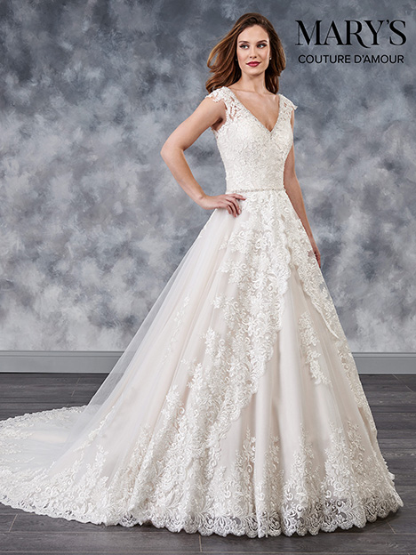 MB4037 gown from the 2018 Mary's Bridal: Couture D'Amour collection, as seen on Bride.Canada