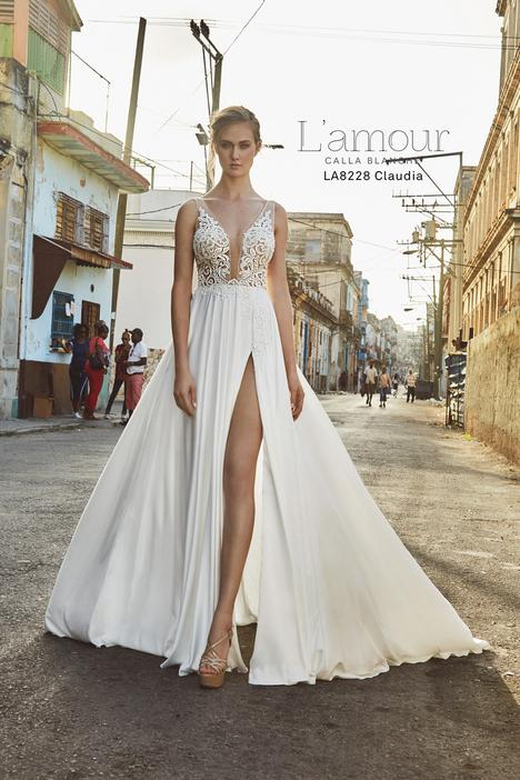 LA8228 gown from the 2018 L'Amour by Calla Blanche collection, as seen on Bride.Canada