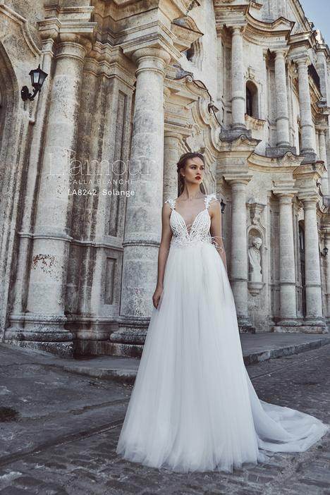 LA8242 gown from the 2018 L'Amour by Calla Blanche collection, as seen on Bride.Canada