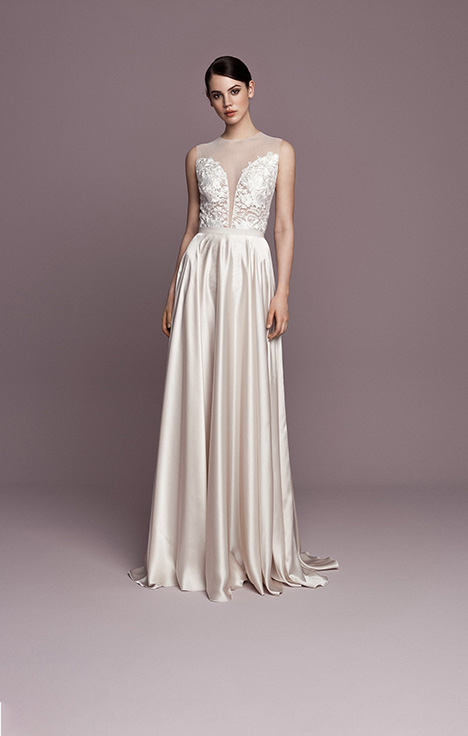 SNT557 gown from the 2018 Daalarna collection, as seen on Bride.Canada