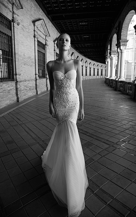 Gisele gown from the 2017 Alon Livne : White collection, as seen on Bride.Canada