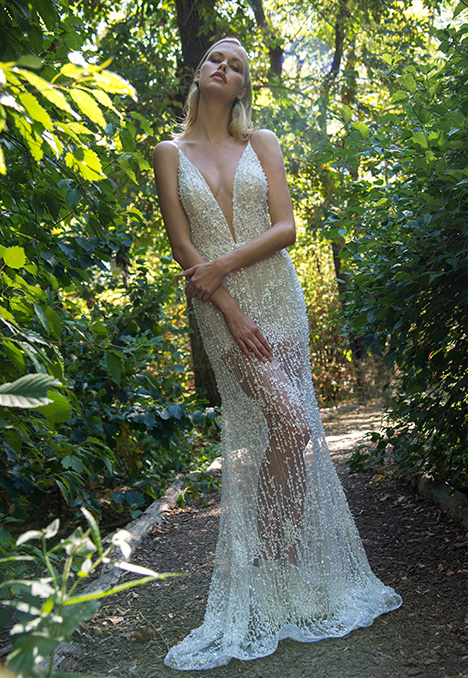 Thelma gown from the 2018 Yaniv Persy Bridal Couture collection, as seen on Bride.Canada