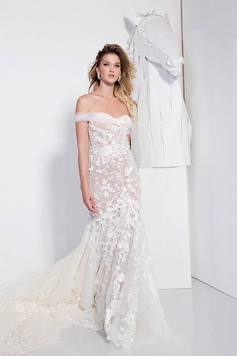 1901 gown from the 2019 Yaniv Persy Bridal Couture collection, as seen on Bride.Canada