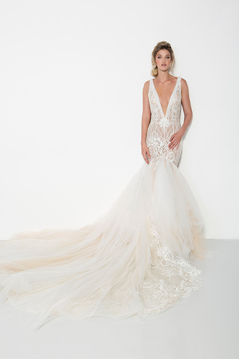 1903 gown from the 2019 Yaniv Persy Bridal Couture collection, as seen on Bride.Canada