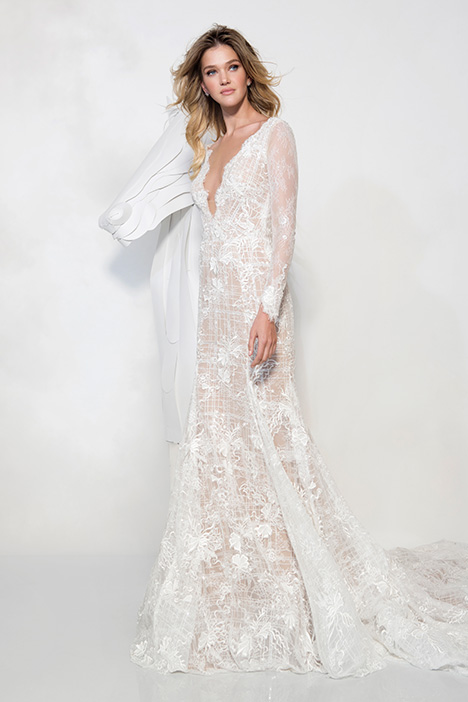 1904 gown from the 2019 Yaniv Persy Bridal Couture collection, as seen on Bride.Canada
