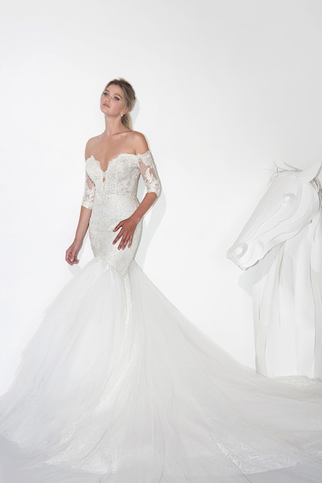 1905 gown from the 2019 Yaniv Persy Bridal Couture collection, as seen on Bride.Canada