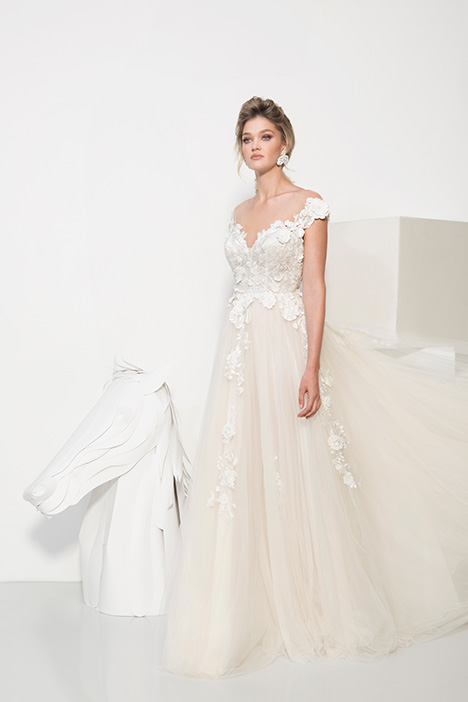 1908 gown from the 2019 Yaniv Persy Bridal Couture collection, as seen on Bride.Canada