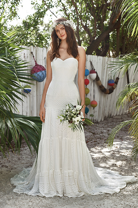 66031 gown from the 2019 Lillian West collection, as seen on Bride.Canada