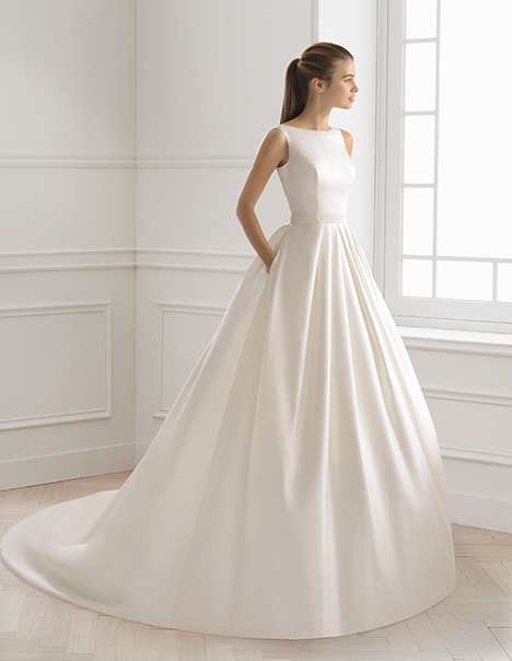 BLISS gown from the 2019 Aire Barcelona Bridal collection, as seen on Bride.Canada