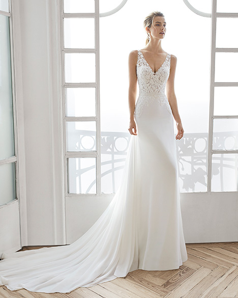 ELADIA gown from the 2019 Aire Barcelona Bridal collection, as seen on Bride.Canada