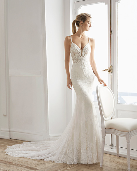 ELIZABETH gown from the 2019 Aire Barcelona Bridal collection, as seen on Bride.Canada