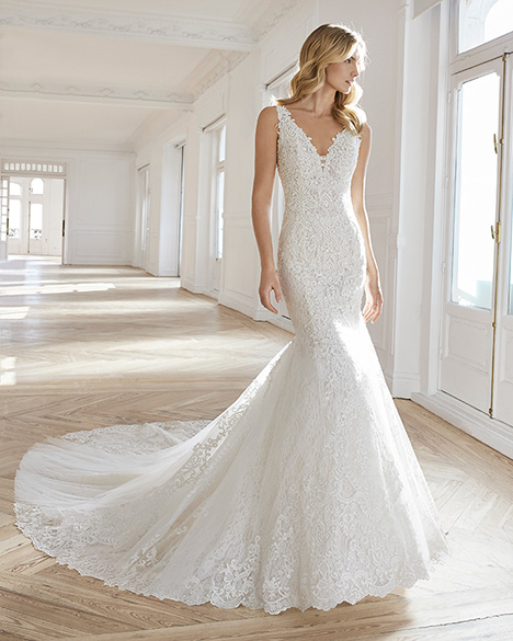 EMILIE gown from the 2019 Aire Barcelona Bridal collection, as seen on Bride.Canada