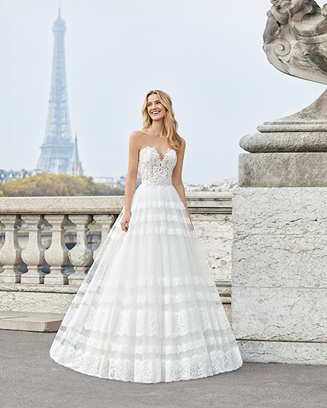 ENSAYO gown from the 2019 Aire Barcelona Bridal collection, as seen on Bride.Canada