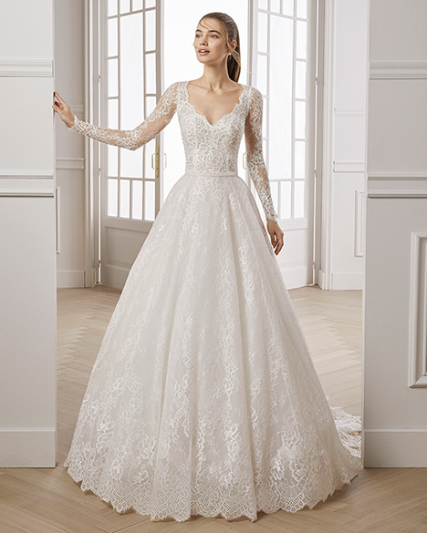 ERIC gown from the 2019 Aire Barcelona Bridal collection, as seen on Bride.Canada