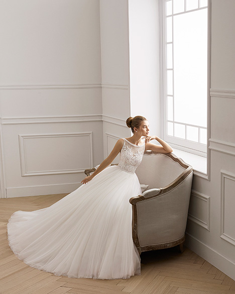 EVANS gown from the 2019 Aire Barcelona Bridal collection, as seen on Bride.Canada