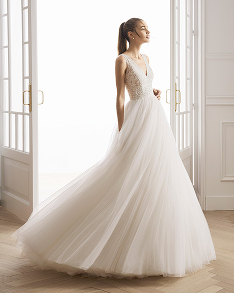 EVELIEN gown from the 2019 Aire Barcelona Bridal collection, as seen on Bride.Canada