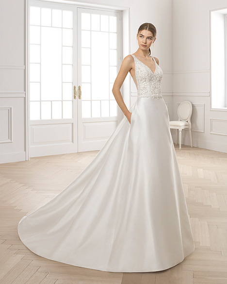 ESTIMA gown from the 2019 Aire Barcelona Bridal collection, as seen on Bride.Canada