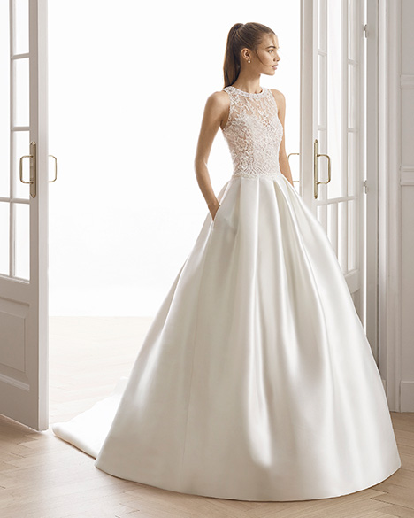 EMAR gown from the 2019 Aire Barcelona Bridal collection, as seen on Bride.Canada