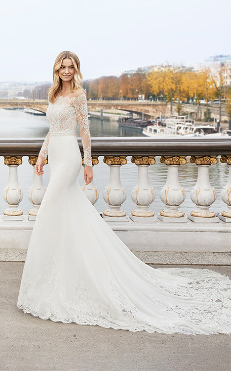 EDDIE gown from the 2019 Aire Barcelona Bridal collection, as seen on Bride.Canada