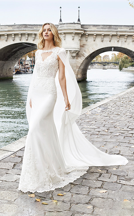 EBBONY gown from the 2019 Aire Barcelona Bridal collection, as seen on Bride.Canada