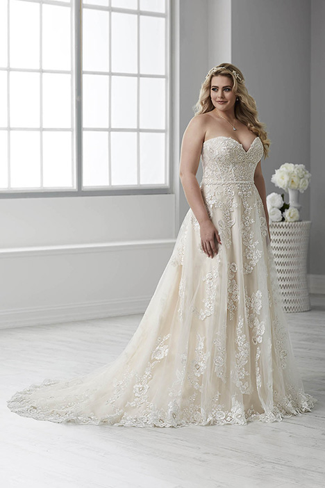 29310 gown from the 2018 Christina Wu: Love collection, as seen on Bride.Canada