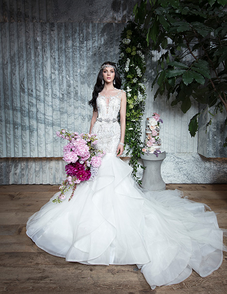GEMY gown from the 2019 Yumi Katsura collection, as seen on Bride.Canada