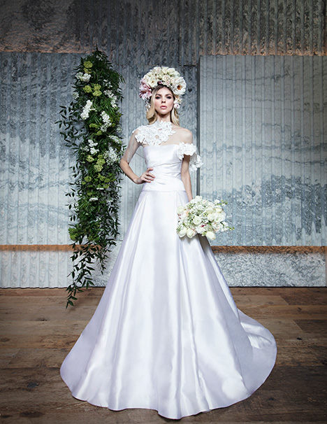 HELENE gown from the 2019 Yumi Katsura collection, as seen on Bride.Canada