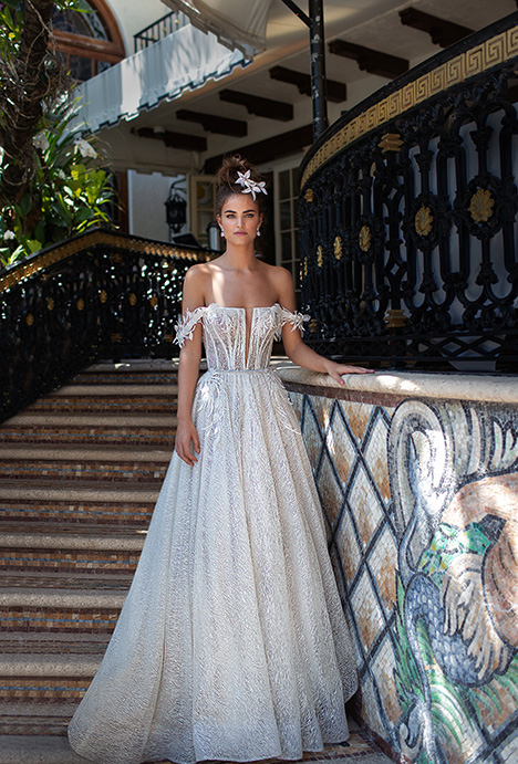19-05 gown from the 2019 Berta Bridal collection, as seen on Bride.Canada